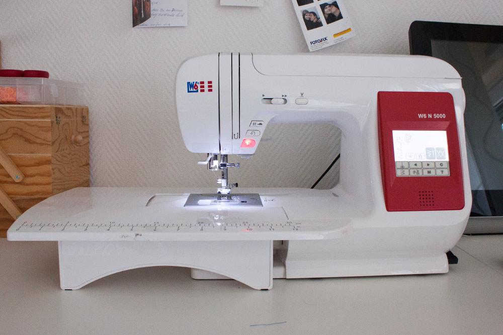 Nähmaschine W6 N5000 mit Anschiebetisch